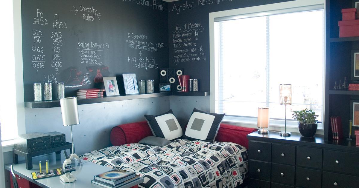 pok j m odzie owy pok j dla ch opca lub dziewczynki. Black Bedroom Furniture Sets. Home Design Ideas