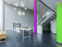 Kolory ożywiające mieszkanie. Intensywne farby do wnętrz